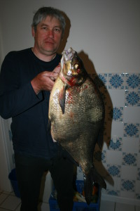 лещ 5 кг 800 гр, мой рекорд, пойман на вертушку